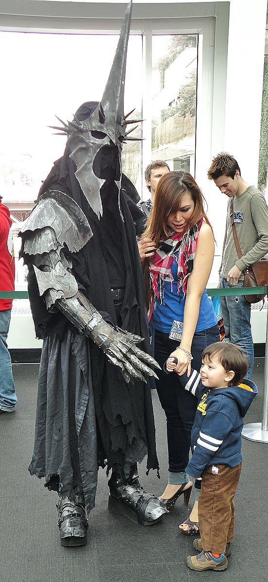 Let's all hug the witch King, or is this really Frodo bearing the ring?