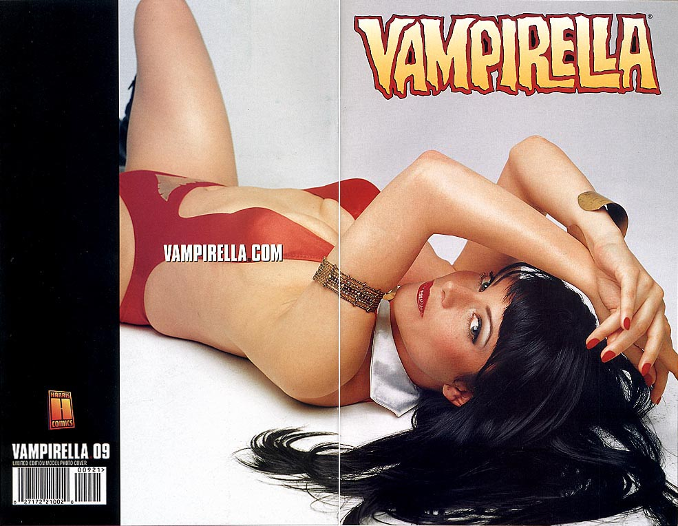 Vampirella 9 (Limited Edition Model Beverly Di Angelo Photo Wrap Cvr)