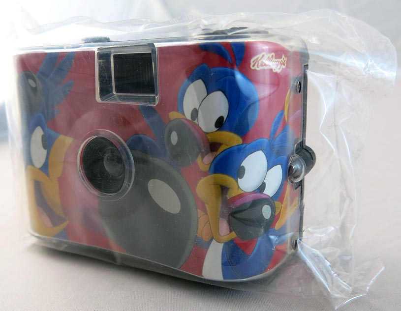 Kelloggs Cereal 2005 Toucan Sam The Bird Collectible Camera (MIP) (bag 16 )