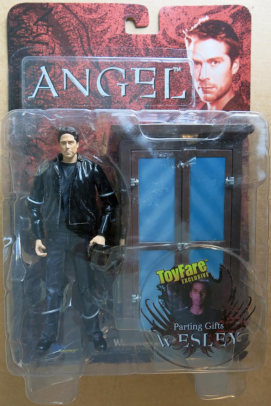 Angel Parting Gifts Wesley (Toyfare Exclusive) Action Figure
